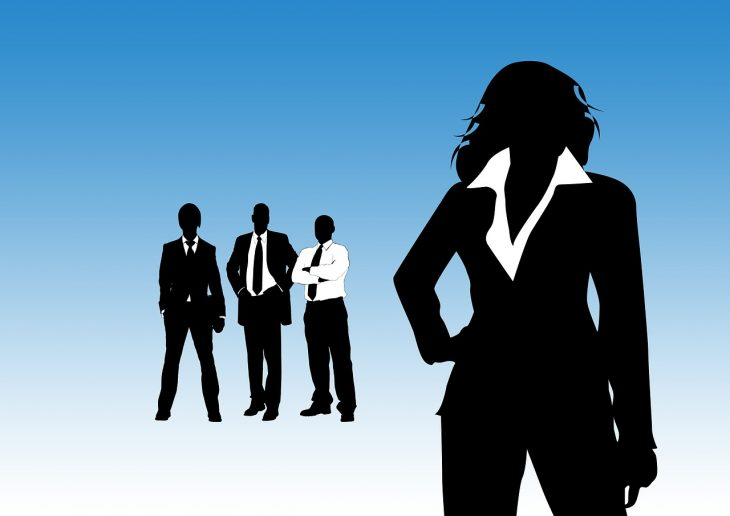 Kobiety negocjujące swoje wynagrodzenie
