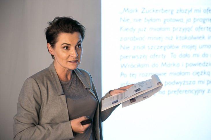 Ewa Szejner podczas wykładu